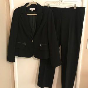 Calvin Klein pant suit set